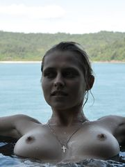 Teresa Palmer nude images
