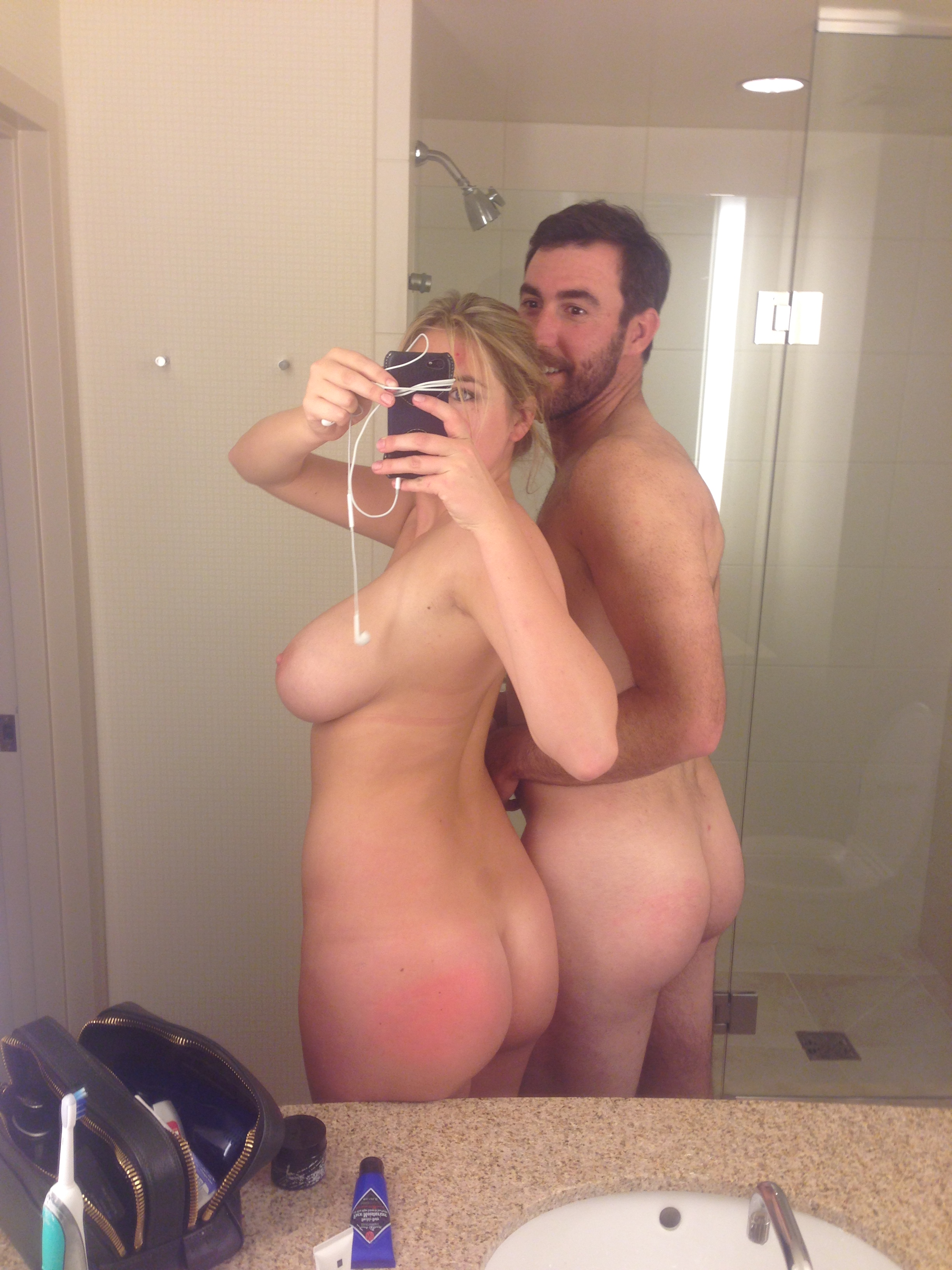 That kate upton nude selfie mirror consider