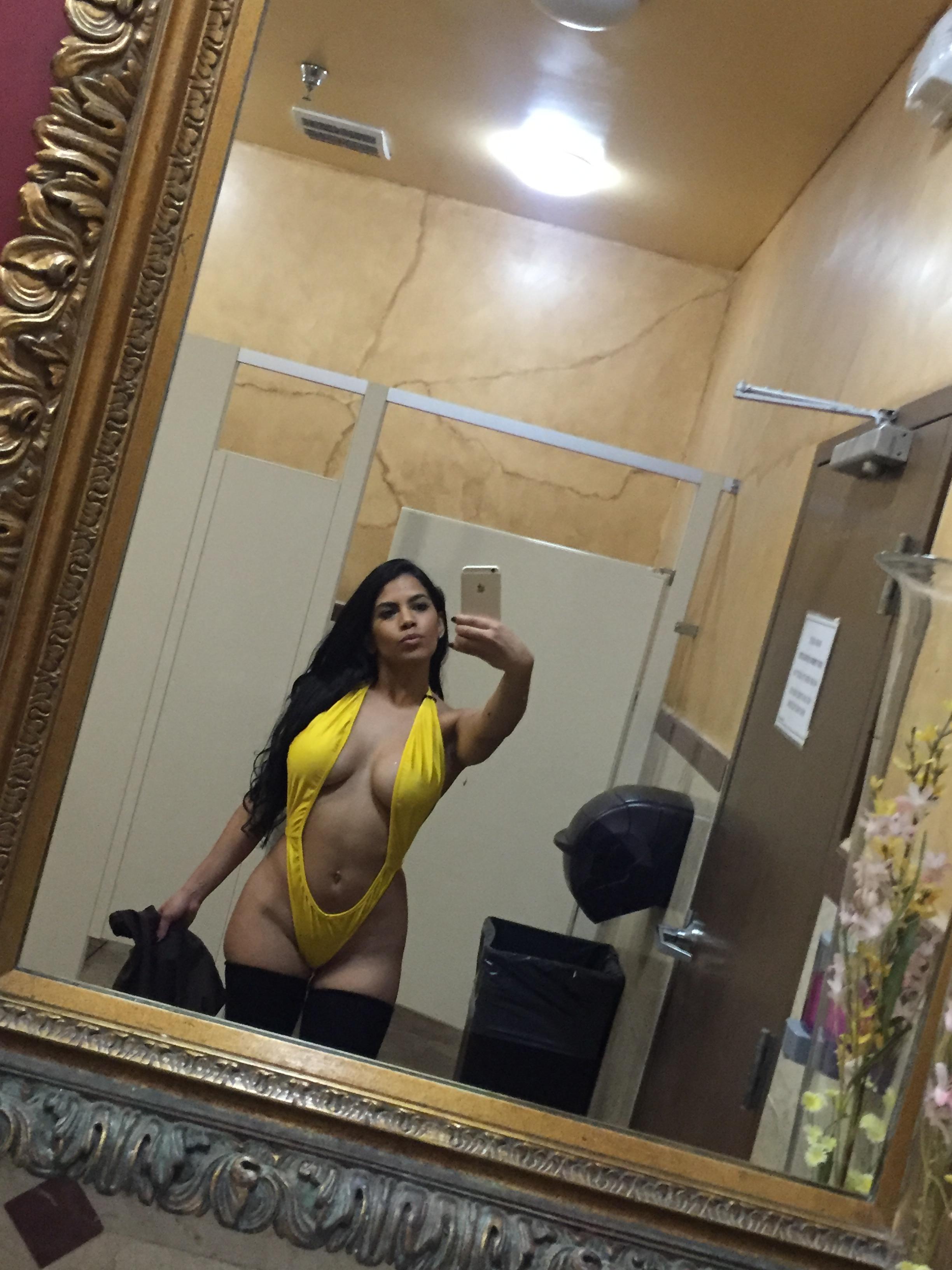 Elizabeth Ruiz Nude Porn
